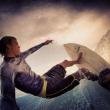 Squalo gli strappa via gamba: Mike Coots continua a fare surf05