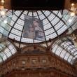 Greenpeace contro vestiti tossici attivisti appesi in Galleria a Milano'02