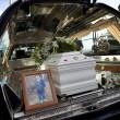 Nicola Campolongo ucciso e bruciato a 3 anni: le foto dei funerali 08