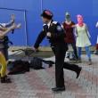 Pussy Riot picchiate e frustate dai cosacchi a Sochi02