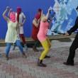 Pussy Riot picchiate e frustate dai cosacchi a Sochi04