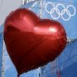 San Valentino a Sochi il cuore rosso con i 5 cerchi olimpici04