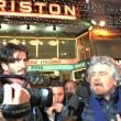Sanremo: Beppe Grillo, monologo al bar poi lascia l'Ariston03