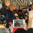 Sanremo: Beppe Grillo, monologo al bar poi lascia l'Ariston04
