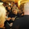 Sanremo: Beppe Grillo, monologo al bar poi lascia l'Ariston08