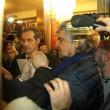 Sanremo: Beppe Grillo, monologo al bar poi lascia l'Ariston09