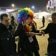 Sochi, Vladimir Luxuria fermata a ingresso stadio con Iene Pio e Amedeo06