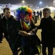 Sochi, Vladimir Luxuria fermata a ingresso stadio con Iene Pio e Amedeo02