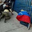Venezuela, scontri e morti in piazza08