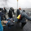 Ucraina: nuovi scontri polizia manifestati, tregua finita05