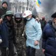 Ucraina: nuovi scontri polizia manifestati, tregua finita4