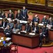 """Matteo Renzi al Senato: il """"film"""" della fiducia (FOTO)"""