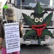 A Roma sflia la Marijuana March. Marco Pannella contestato (foto)6