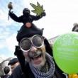 A Roma sflia la Marijuana March. Marco Pannella contestato (foto)5