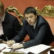 Matteo Renzi in Senato, tra foglietti e pennarelli 4