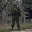 Crimea invasa da 2mila soldati russi: 13 aerei militari a Sinferopoli