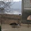 Roma, allarme Tevere rientrato, ma fiume ancora sotto osservazione (foto) 1
