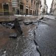 Roma, via del Corso allagata: tubatura esplosa, non pioggia (foto) 2