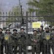 """Arseni Iatseniuk: """"Siamo sull'orlo del disastro"""". Usa: """"Russia rischia di uscire dal G8""""12"""