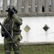 """Arseni Iatseniuk: """"Siamo sull'orlo del disastro"""". Usa: """"Russia rischia di uscire dal G8""""11"""