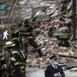 Esplosione a New York, crollano due palazzi01