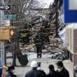 Esplosione a New York, crollano due palazzi02