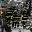 Esplosione a New York, crollano due palazzi03