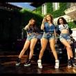 Jennifer Lopez con gli uomini semi nudi nel video I Luh Ya Papi05