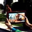 Jennifer Lopez con gli uomini semi nudi nel video I Luh Ya Papi04