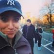 Kelly Roberts, la maratoneta che fa i selfie con i corridori più affascinanti02