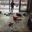 almeno 33 persone uccise a coltellate in stazione metro06