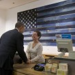 Shopping contagia anche Barack Obama01