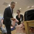 Shopping contagia anche Barack Obama04