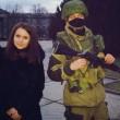 crimea, selfie coi soldati russi: le foto degli ucraini coi militari 3