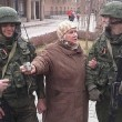 crimea, selfie coi soldati russi: le foto degli ucraini coi militari 4