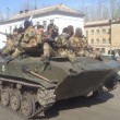Ucraina, carri armati a Kramatorsk, nell'est filorusso: foto e video 2