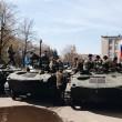 Ucraina, carri armati a Kramatorsk, nell'est filorusso: foto e video 4