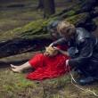 Katerina Plotnikova, la fotografa che posa con le tigri, gli orsi e i serpenti01