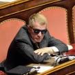 Senatore D'Ascola (Ncd) si addormenta in Senato durante discussione Def06