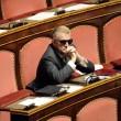 Senatore D'Ascola (Ncd) si addormenta in Senato durante discussione Def02