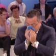 Buonanno si soffia il naso