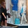 Alena Seredova, shopping a Milano03