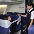 B-tourist, la fascia che protegge dai vicini molesti in aereo04