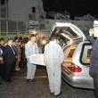 Catania, la nave Grecale scarica le bare dei 17 migranti morti 03