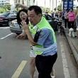 Cina, donna multata picchia vigile urbano4