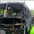 Colombia, scuolabus in fiamme01