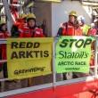 Greenpeace blocca 2 piattaforme petrolifere dirette in Artico10