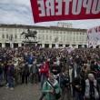 Primo maggio con scontri a Torino13