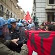 Primo maggio con scontri a Torino03