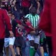 Spagna, crolla barriera dello stadio di Pamplona 25 tifosi feriti02